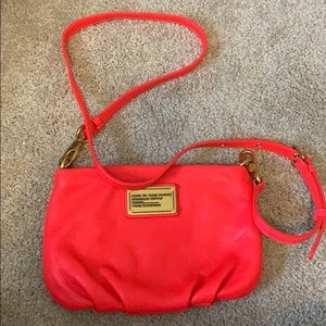 Barely used Marc by Marc Jacobs HOT PINK Crossbody